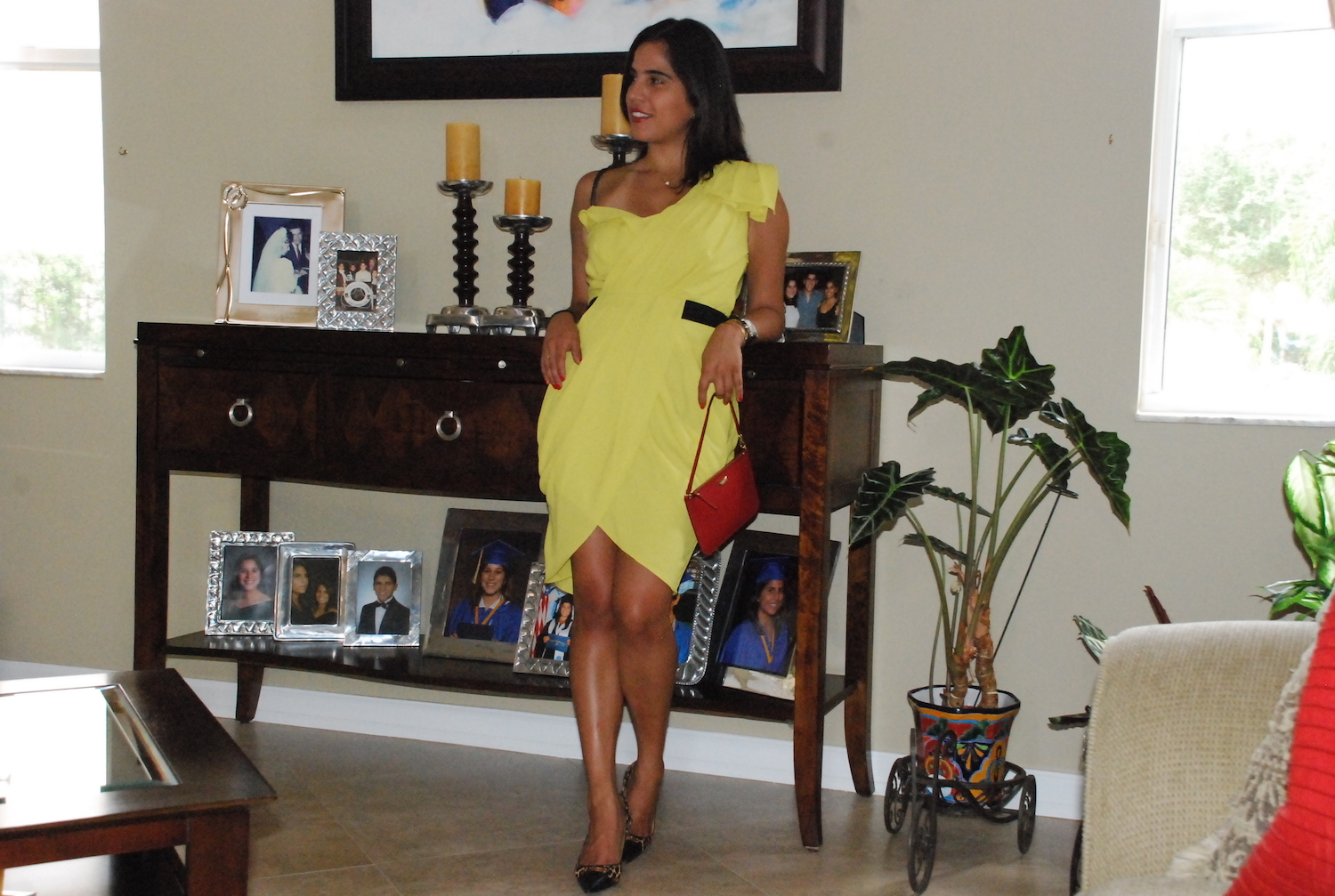 A Hint of Life shares her graduation outfit in Fort Lauderdale, FL
