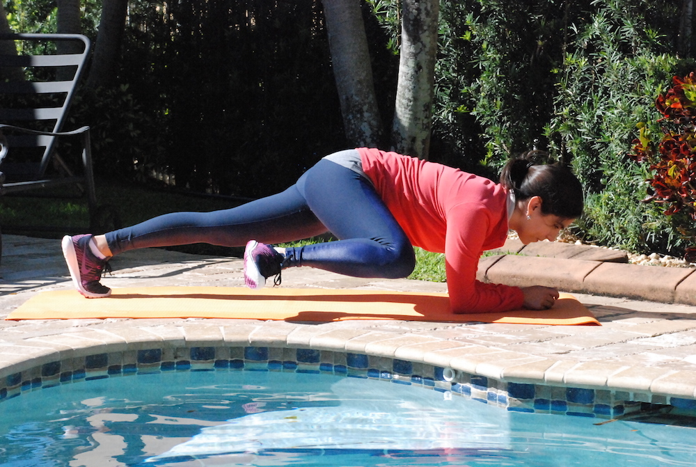 A Hint of life shares home workout routine for abs
