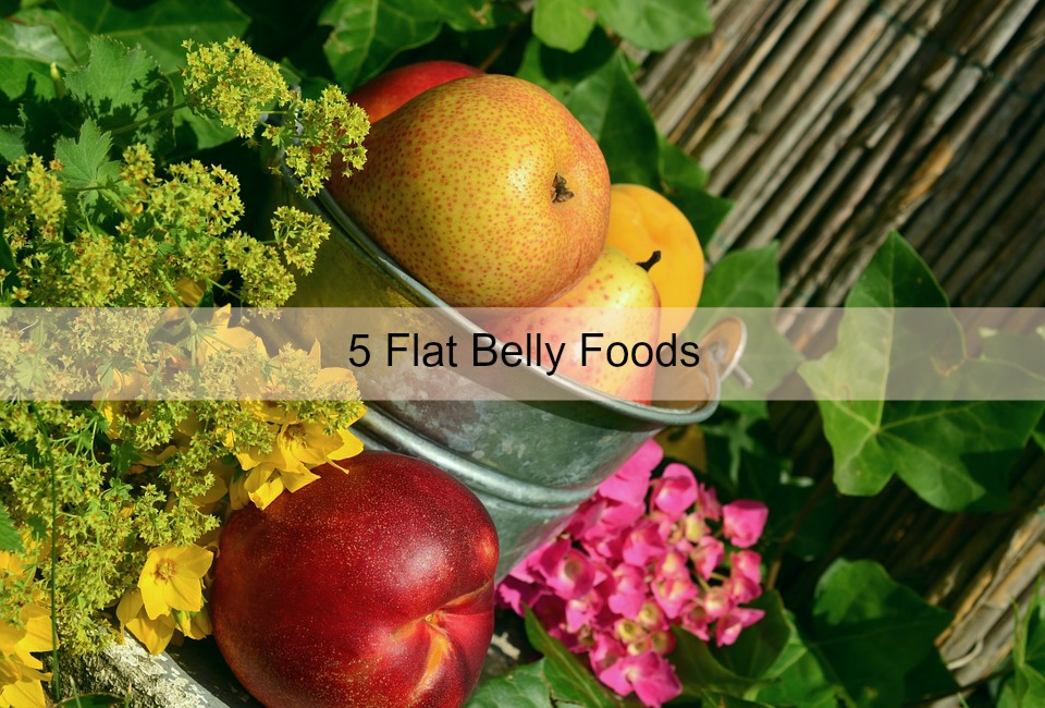 A Hint of Life shares 5 flat belly friendly foods