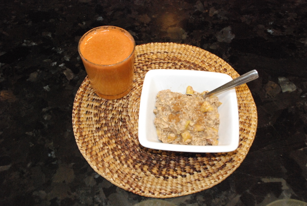A Hint of Life shares oatmeal recipe for breakfast