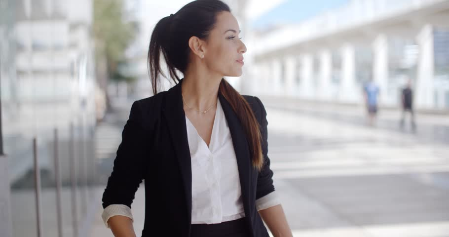 A Hint of Life career girl advice on resumes