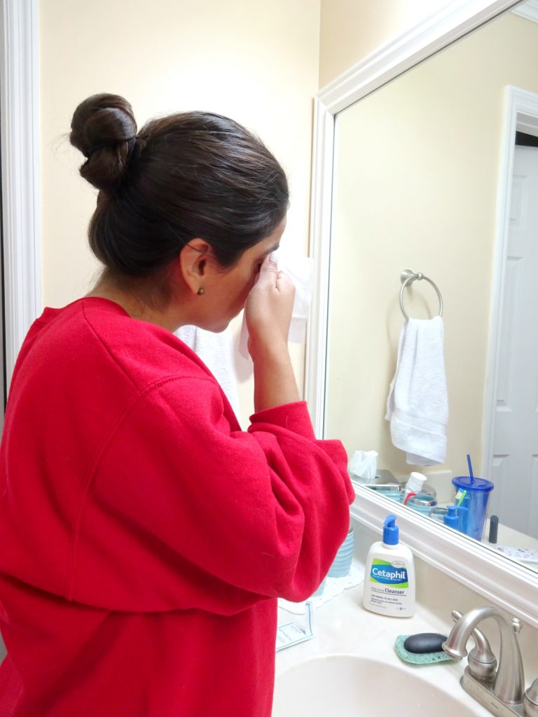 A Hint of Life shares review of NuFace Prep-N-Glow Clothes Skincare