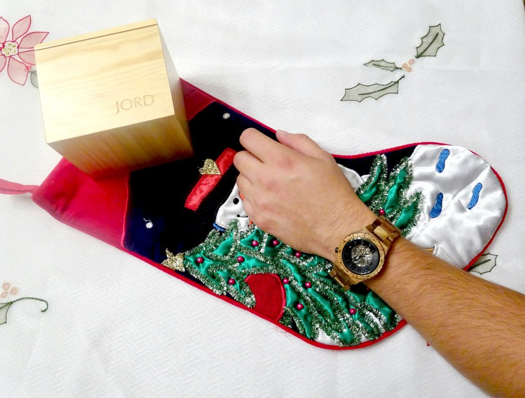 Jord-wood-watches-gifts-for-guys-holiday-gift-watch-store