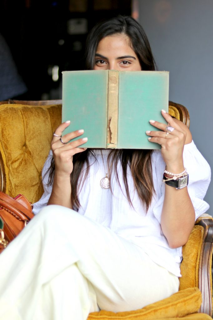 a hint of life top 5 books on self-improvement